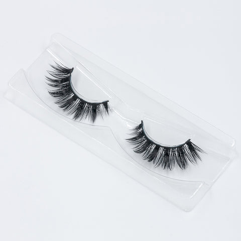 Doll Beauty Lashes - Taylor (Angled Tray Shot 2)