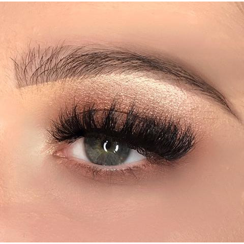 FalseEyelashes.co.uk 3D Mink Lashes - 011 (Model Shot 2)