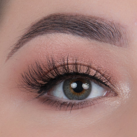 Flutter Lashes - Stella Dimensional Mink Eyelashes (Model Shot)