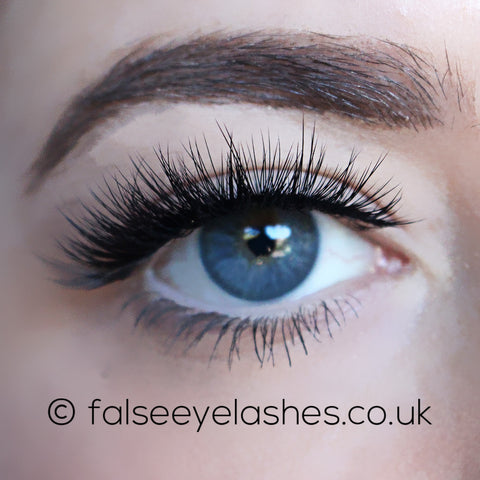 KoKo Lashes - Dashin' (Model Shot 1)