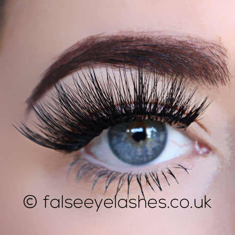 KoKo Lashes - Girl About Town (Model Shot 1)