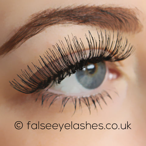 KoKo Lashes - 102 (Model Shot 2)