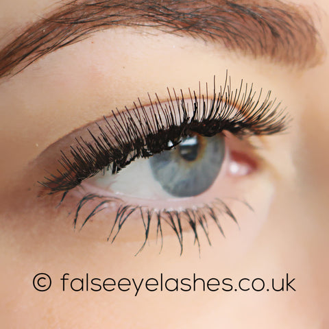 KoKo Lashes - 107 (Model Shot 2)