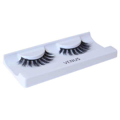 KoKo Lashes - Venus (Angled Tray Shot 2)