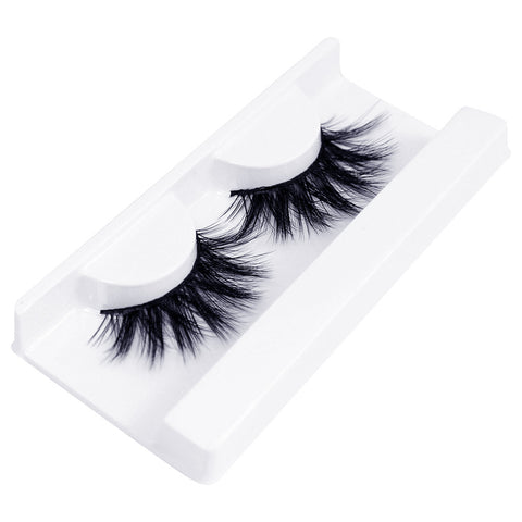 Land of Lashes Faux Mink Lashes - Aria (Angled Tray Shot 2)