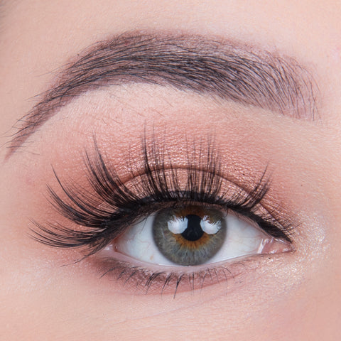 Land of Lashes Faux Mink Lashes - Paloma (Model Shot)