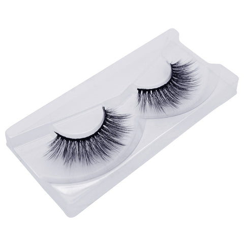 Land of Lashes Luxury Lashes - Ritz (Angled Tray Shot 2)
