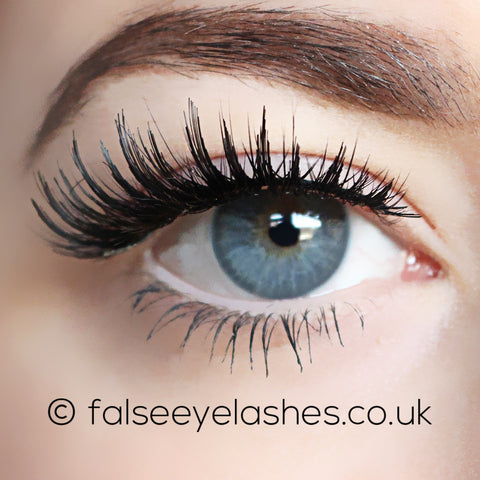 LashXO False Eyelashes - Lexi Luxe (Model Shot 1)