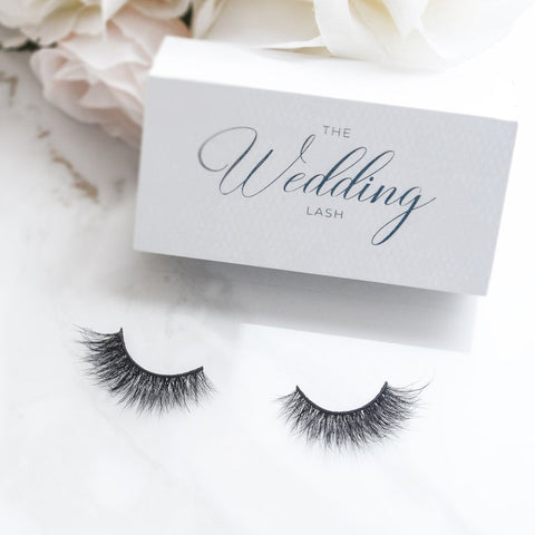 Lilly Lashes 3D Mink Lashes - The Wedding Lash (Lifestyle Shot 1)