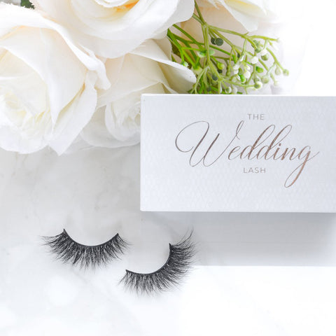 Lilly Lashes 3D Mink Lashes - The Wedding Lash (Lifestyle Shot 2)