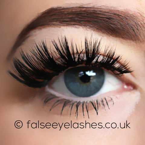 Lilly Lashes 3D Faux Mink Band-Less Lashes - Sophia (Model Shot 1)