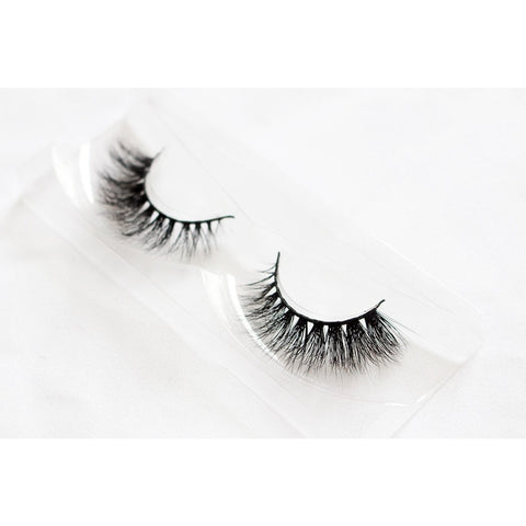 Unicorn 3D Mink Lashes - Bambi (Tray Shot 1)