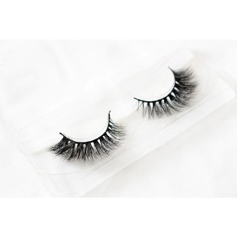 Unicorn 3D Mink Lashes - Bambi (Tray Shot 2)