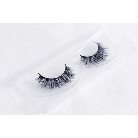 Unicorn 3D Faux Silk Lashes - Forget Me Not (Angled Tray Shot 2)