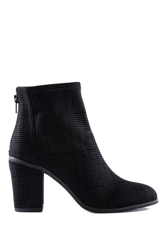 Seychelles Ringmaster Boot in Black Plaid