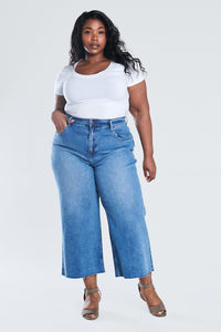 Bks Collection – 90's Faded Blue Curvy Wide Leg