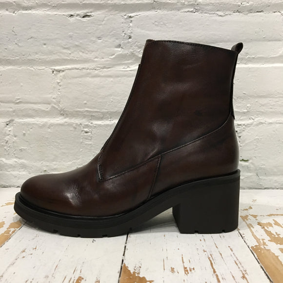 David Tyler Hold Marron Boot
