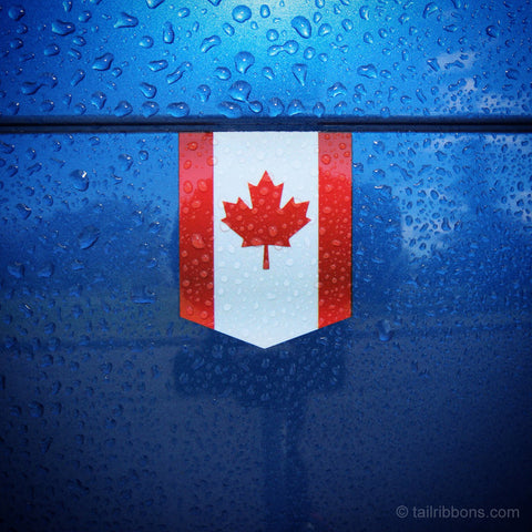 "Flag of Canada car sticker - 1 3/8"" x 1 3/4"""
