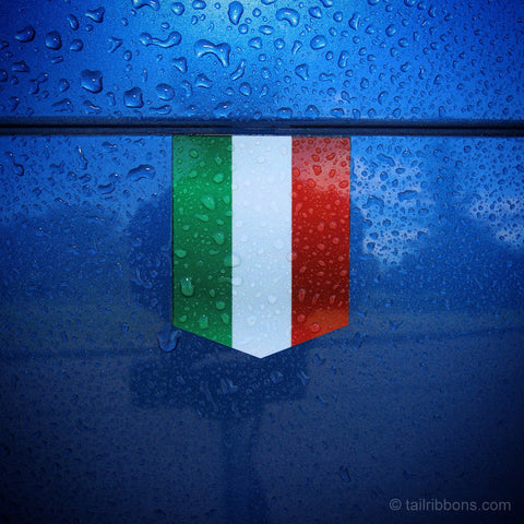 "Flag of Italy car sticker - 1 3/8"" x 1 3/4"""