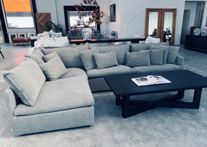 Leo Sectional Sofa