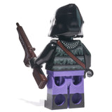Back of purple ape minifig with weapon - state of the planet