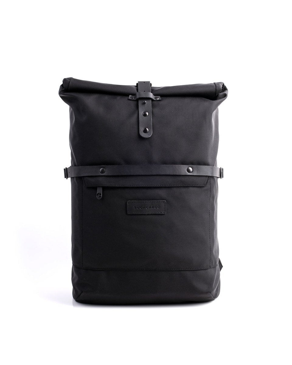 Alldaypack - The miminalistic everyday laptop backpack - Front view
