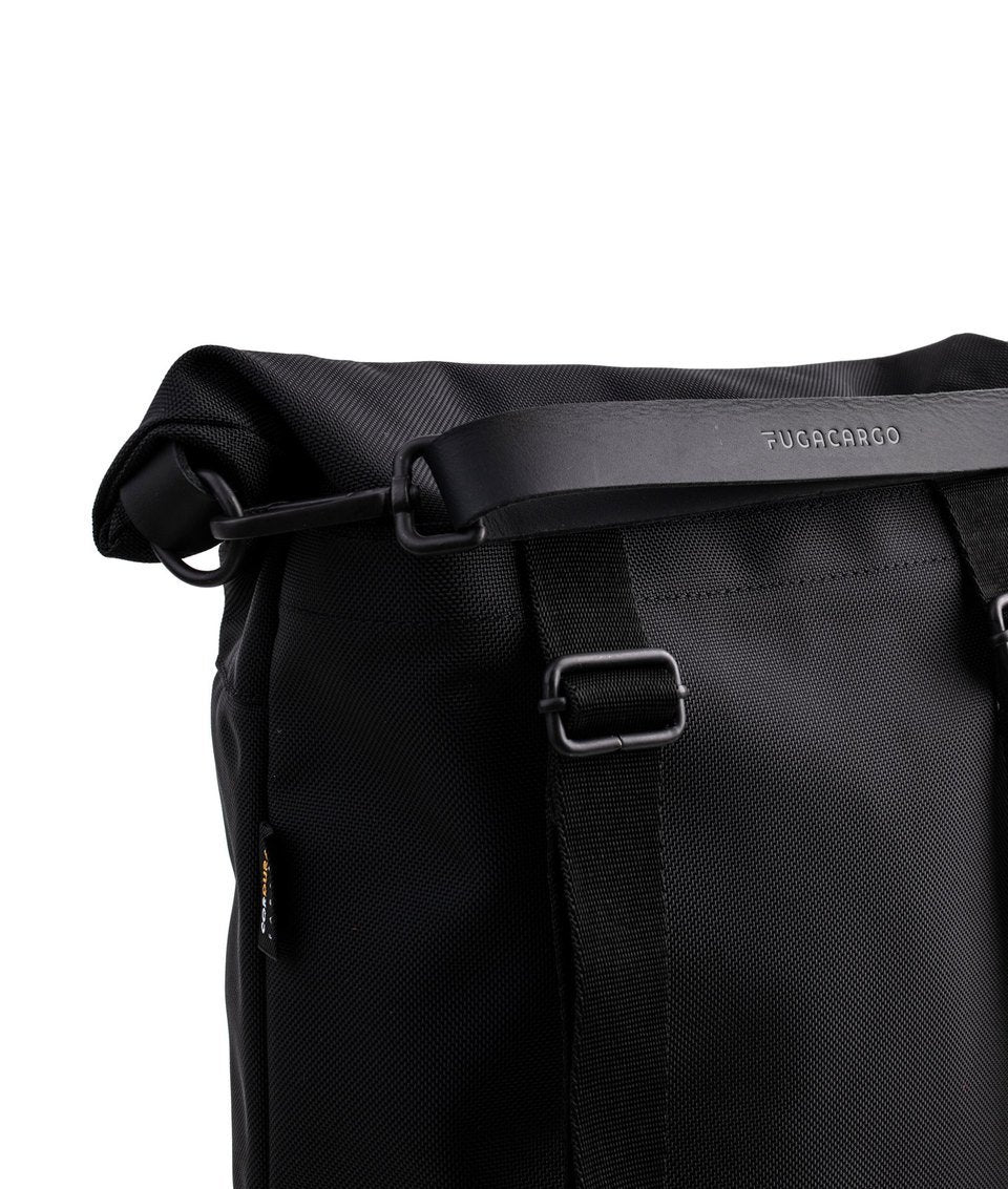 Fugacargo - Lean bag black versatile laptop backpack shoulder bag leather strap with logo detail