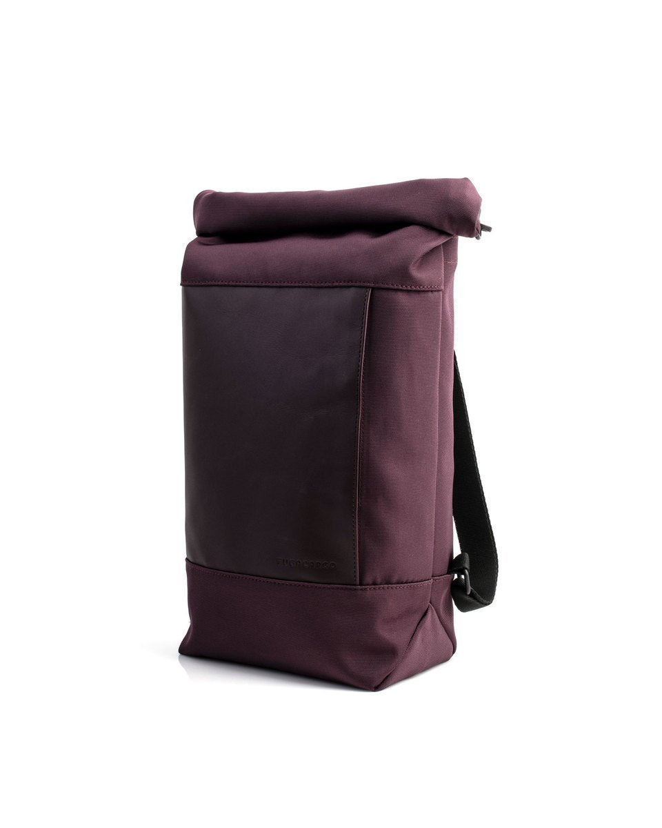 Fugacargo - Lean bag bordeaux versatile laptop backpack shoulder bag three quarter front view