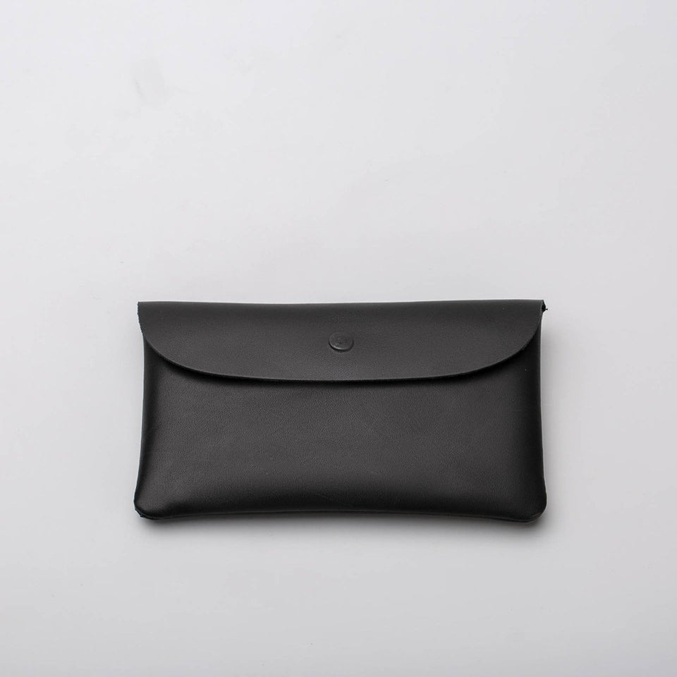 Fugacargo - Long wallet black minimalist long leather wallet back view