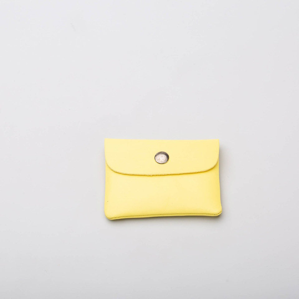 Fugacargo - Mini wallet yellow minimalist smooth leather wallet back view