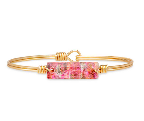 Luca+Danni Hudson Bangle Bracelet in Pink Grafiti