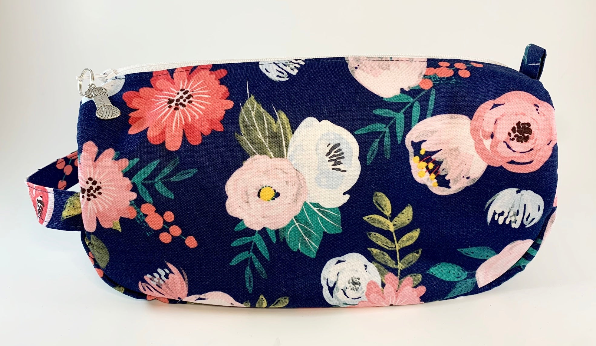 In Full Bloom Small Project Bag| Cookie and Bees