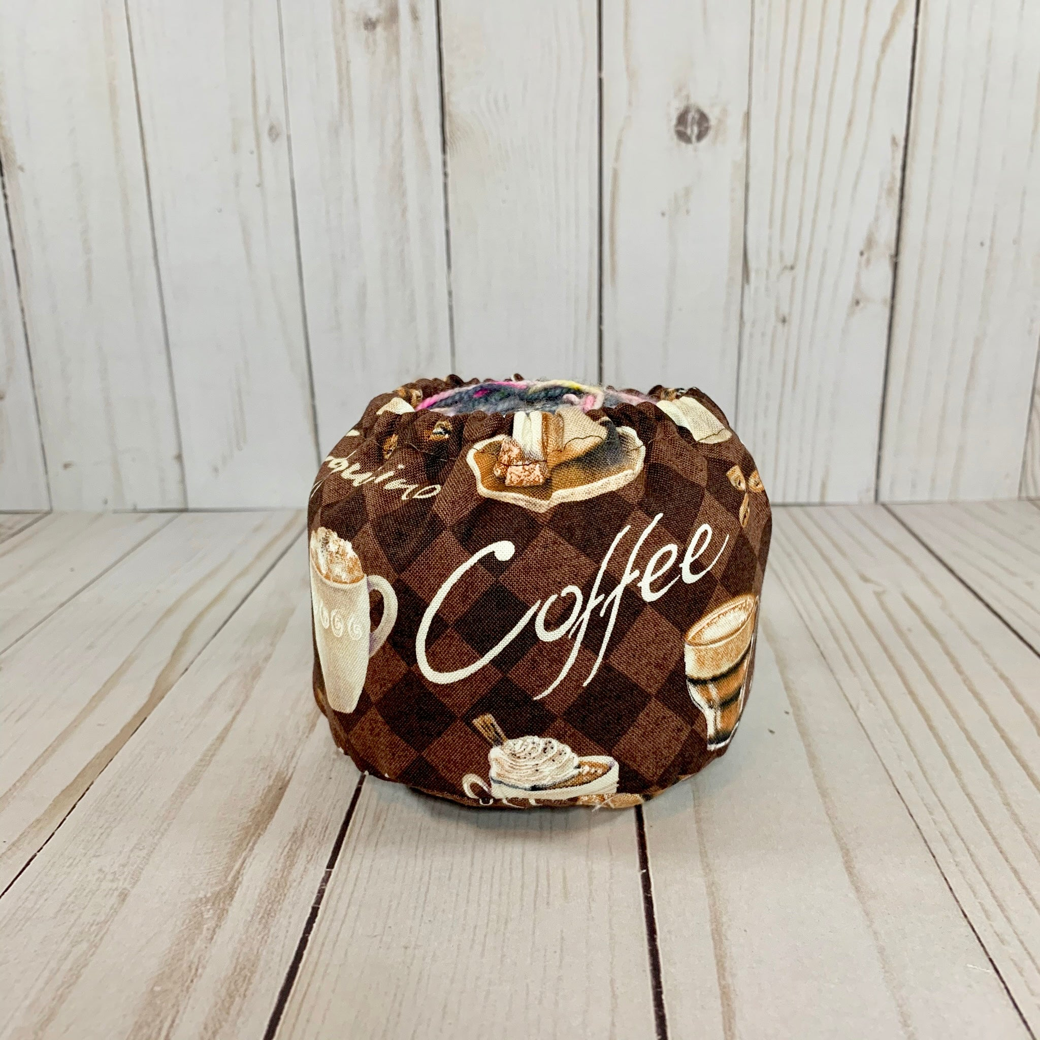 Au Lait Cake Coozie™ | Cookie and Bees