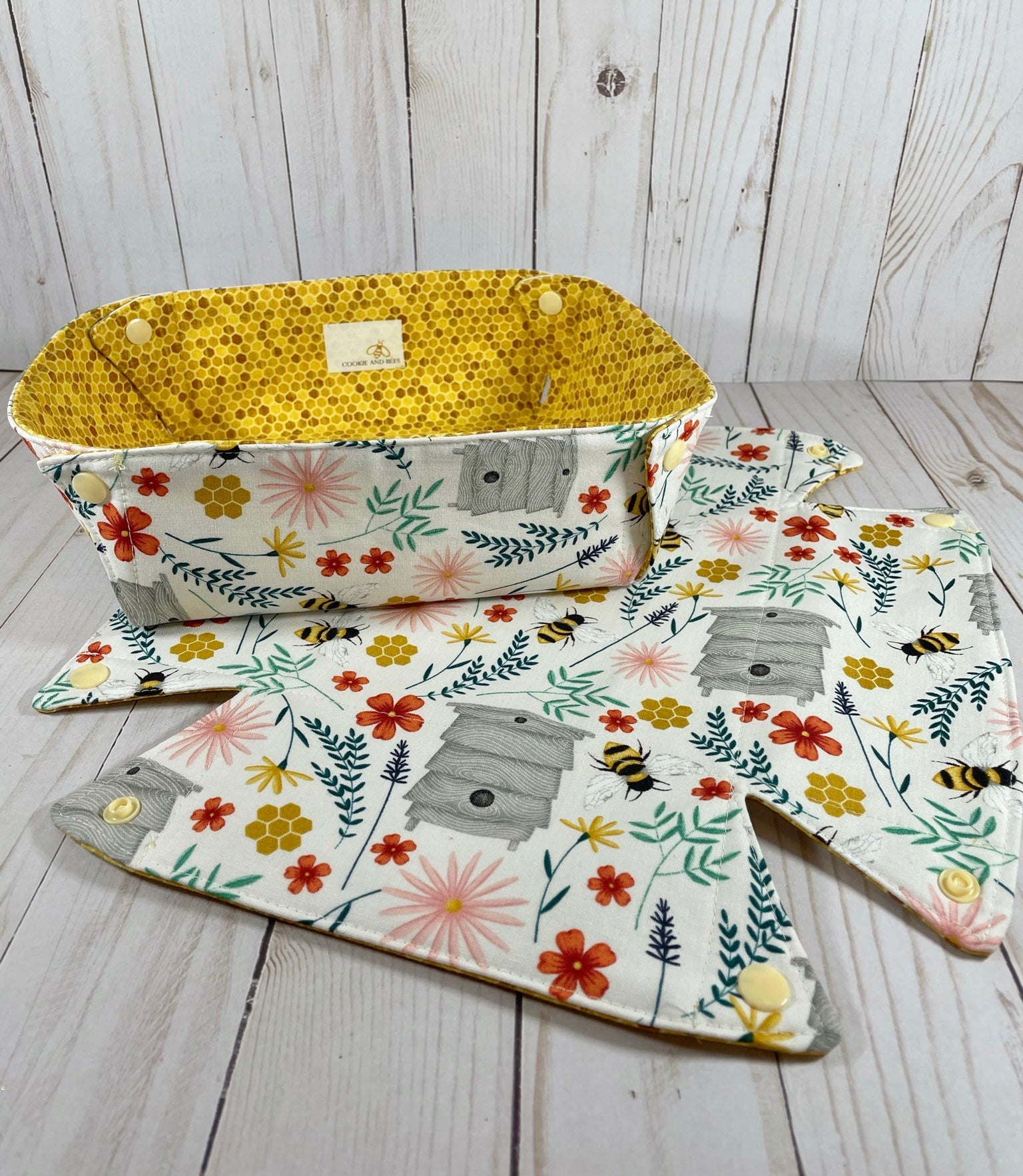 Save the Bees Yarn Box | Cookie and Bees