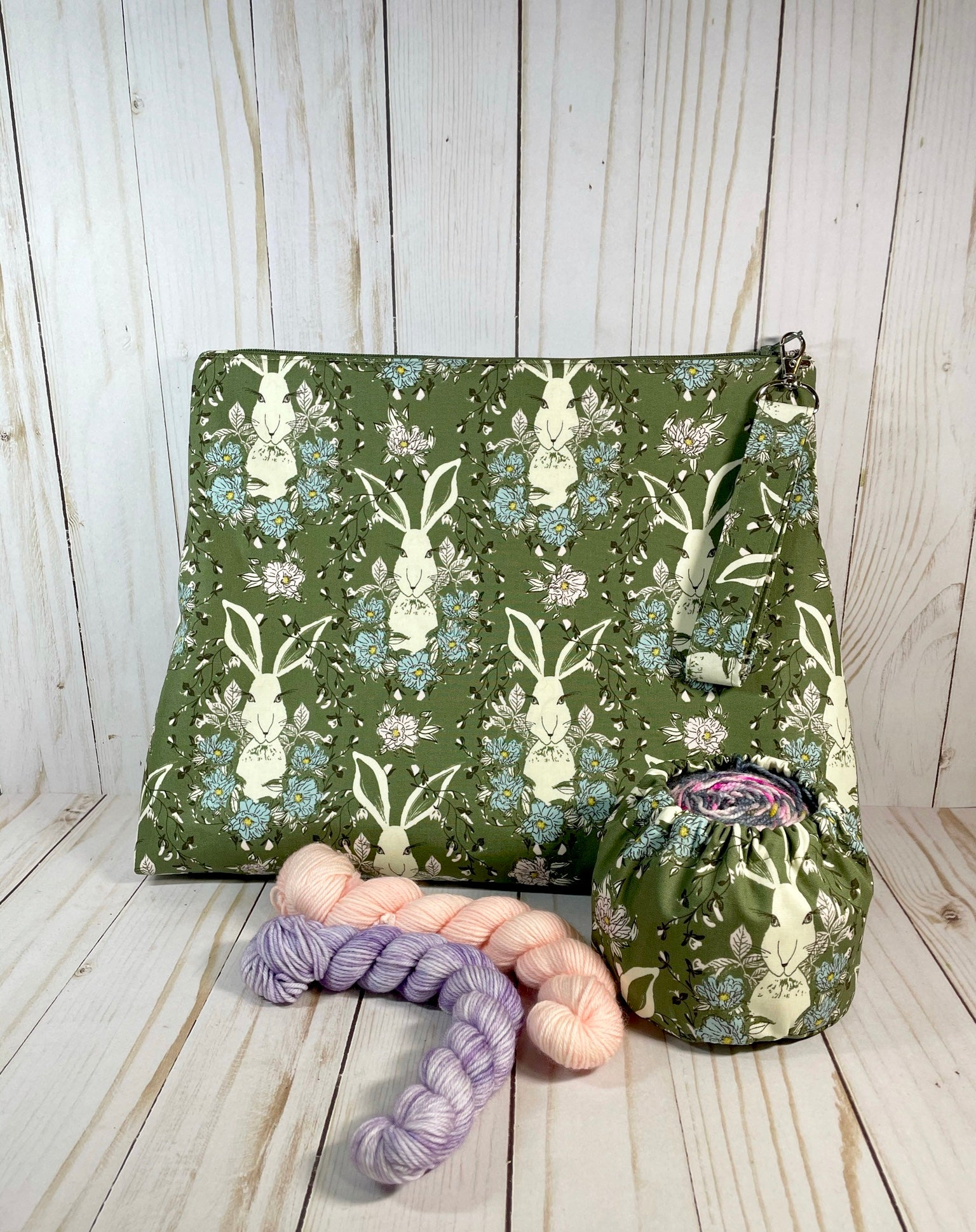 Hare to the Throne Medium Zipper Bag  | Cookie and Bees