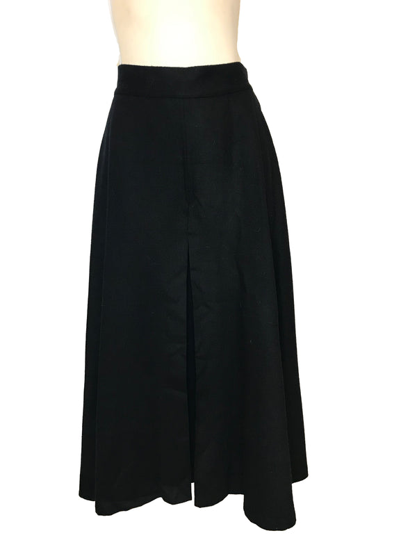 Black, wide-leg, pleated culottes.