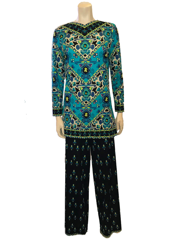 Blue patterned long sleeved tunic and pants set by Mr. Dino
