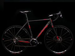 Alchemy /// Balius /// 54cm /// Carbon/Red