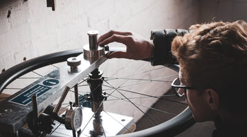 Lateral Stiffness Testing: Steel vs Carbon Spokes