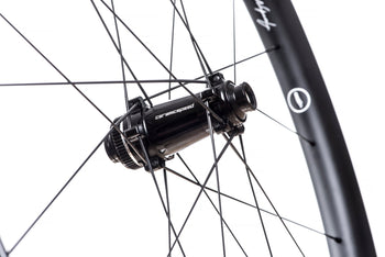 <h1>CeramicSpeed Bearings</h1><i>The 48 Limitless Aero Disc will come fully equipped with CeramicSpeed's industry-leading hybrid ceramic bearings, even in the freehub body. All CeramicSpeed Balls are of the highest quality Grade 3 Silicon Nitride, featuring the highest achievable surface finish and roundness. The quality of the balls is what determines the performance and lifetime of a bearing. The CeramicSpeed Balls feature unparalleled impact strength, smoothness, roundness and brittleness.</i>