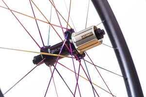 HubsPrecision machined straight pull hubs and spokes add strength and enhance power transfer meaning all your force pushes you forwards. Large 15mm diameter hub axles for sprinting and out-of-saddle climbing responsiveness. Circular dropout interface steps add extra stiffness.