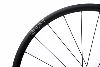 <h1>Spokes</h1><i>We chose the top-of-the-range Pillar Spoke Re-enforcement PSR XTRA models. These butted blade aero spokes are lighter but also provide a greater degree of elasticity to maintain tensions longer and add fatigue resistance. PSR spokes feature the 2.2 width at the spoke head providing more material in this high stress area. The nipples come with a hex head so you can achieve precise tensioning. Combining these components well is key which is why all Hunt wheels are hand-built.</i>