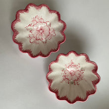 Load image into Gallery viewer, Pair of Hand Painted Italian Pink Scalloped Bowls