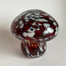 Load image into Gallery viewer, Vintage Murano Mushroom Paperweight