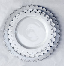 Load image into Gallery viewer, Scalloped Ceramic Plates