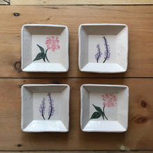 Load image into Gallery viewer, Handmade Floral Soap/Trinket Dishes