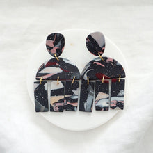 Load image into Gallery viewer, SASAMI Earrings in Marble