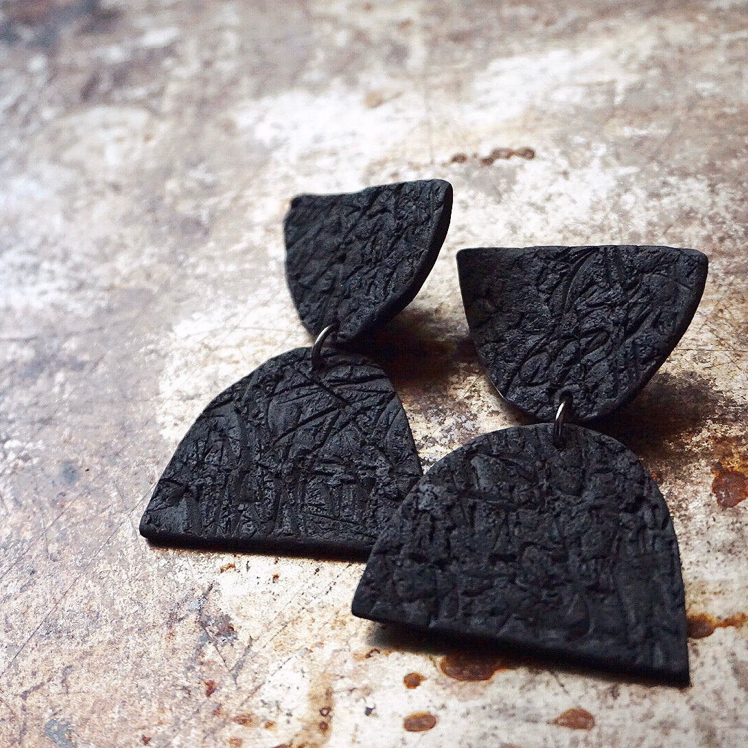 Simple Stack Earrings // Carbon