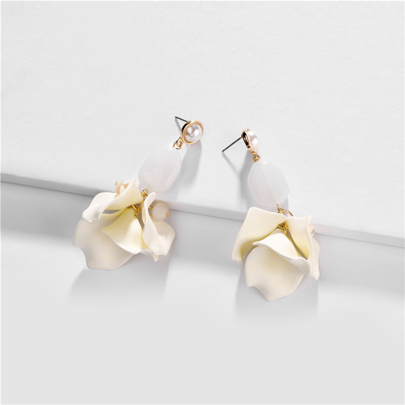 Cream floral and opaque stone drop earrings