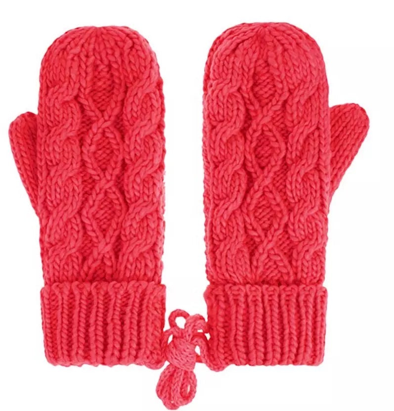 Wool blend hand cable knitted mittens with fleece lining and wool join